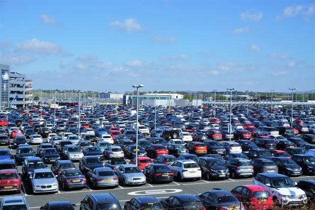 成田空港民間駐車場